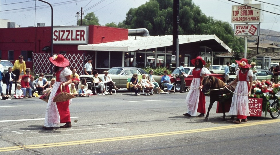Thousand Oaks Sizzler on Thousand Oaks Boulevard, just east of Rancho Road, in 1970