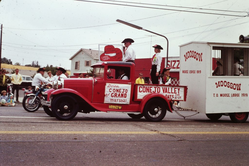 Scene from Conejo Valley Days Parade of 1970.