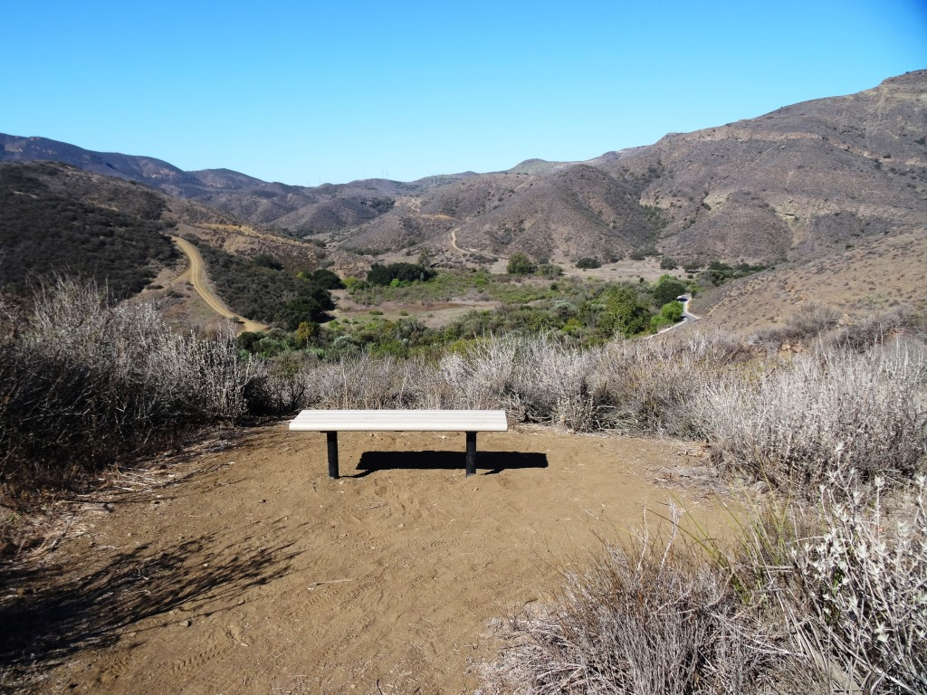 And here's the 2nd bench, further down the Lizard Rock Trail. Is that actual green I see up ahead in late September!? Yes it is. Must be drought-tolerant native shrubs!