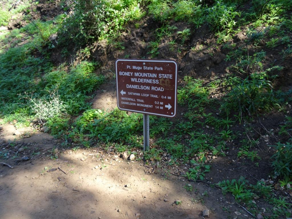 Danielson Road sign you will see at the east end of Upper Sycamore Canyon Trail, Now you can head back up towards Rancho Sierra Vista/Satwiwa to the left or go the The Waterfall and/or Danielson Monument.