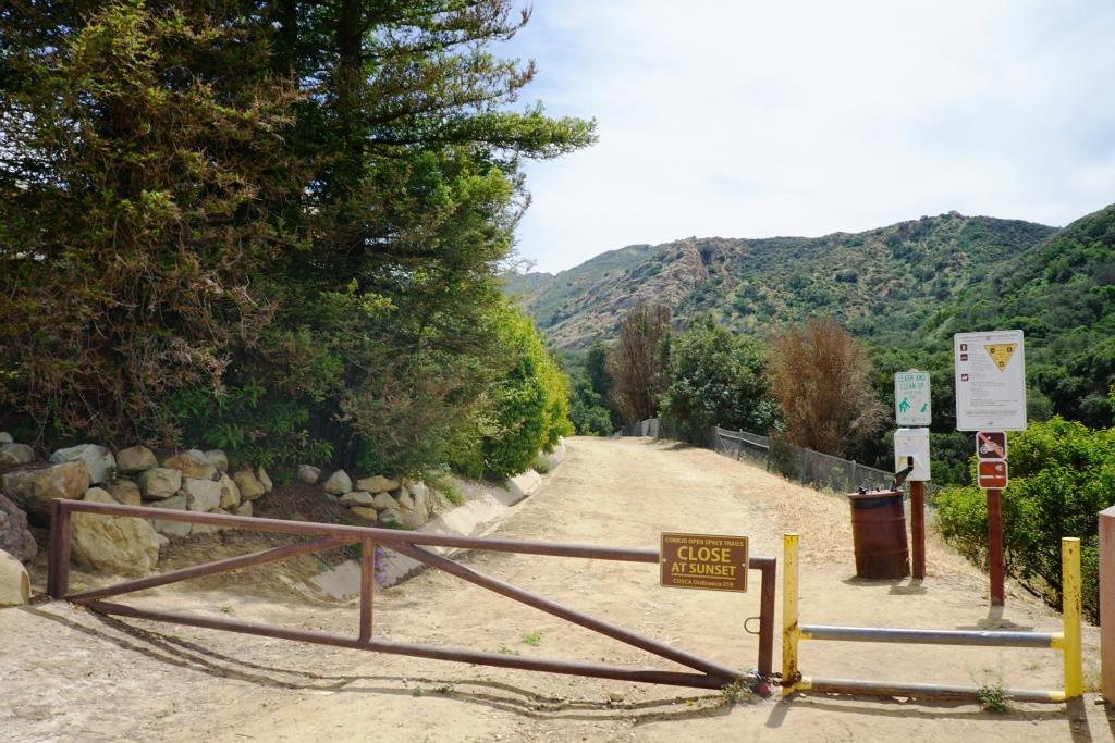 The Albertson Motorway trailhead at the east end of Lang Ranch Parkway in Thousand Oaks.