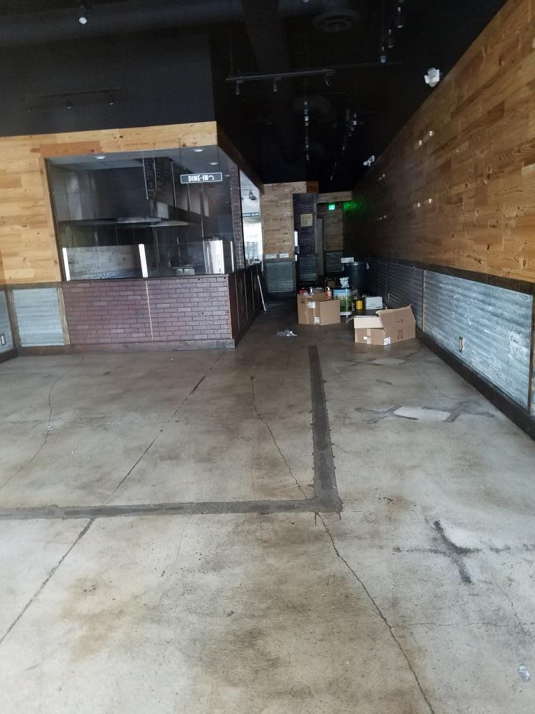 Looking quite empty today in this former Dickey's BBQ Pit location in WLV.