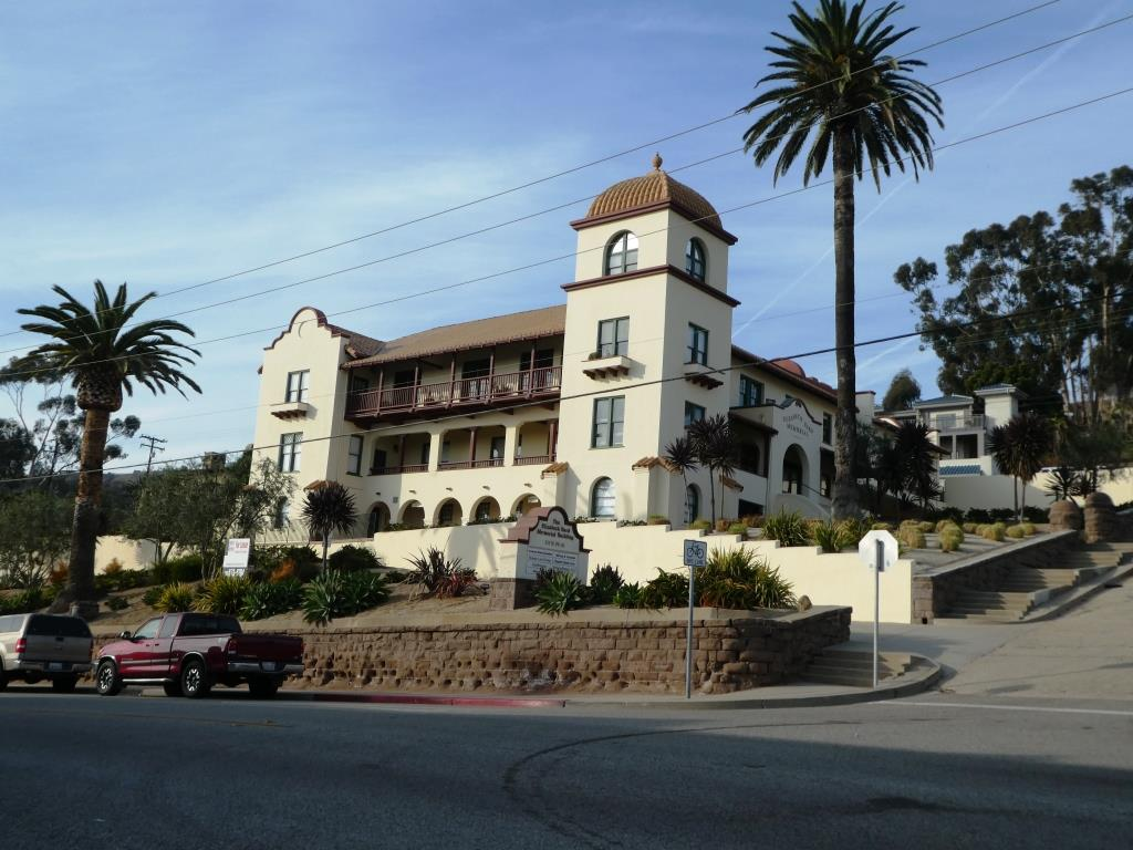 Elizabeth Bard Memorial Building in Downtown Ventura is on the  National Register of Historic Places .