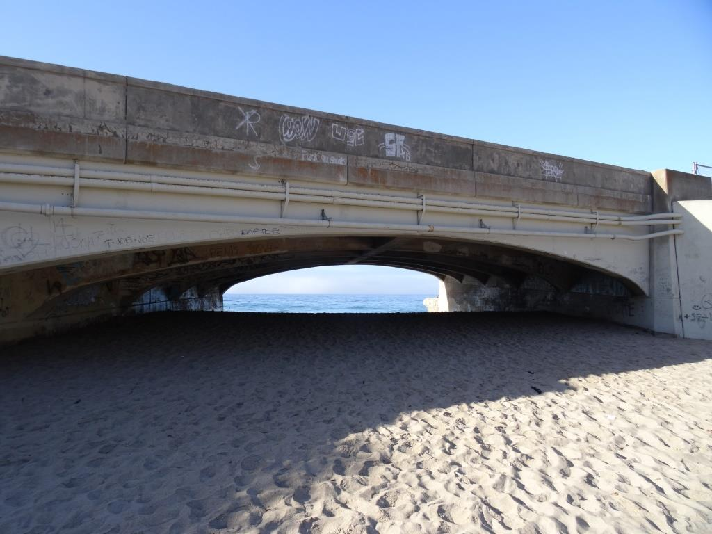 PCH is above. You can safely get from Sycamore Cove to Sycamore Canyon under this bridge (though at high tide can be a challenge). Beats risking your life crossing PCH!