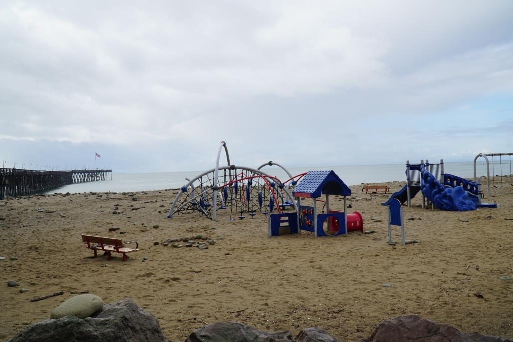 Click the image for more information about this playground area adjacent to the Ventura Pier.