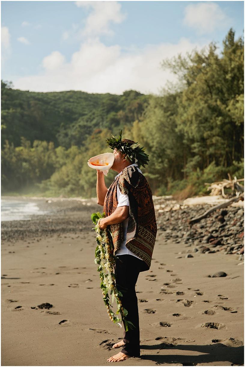 Big Island Intimate Beach Elopement Pololu Valley_1.JPG