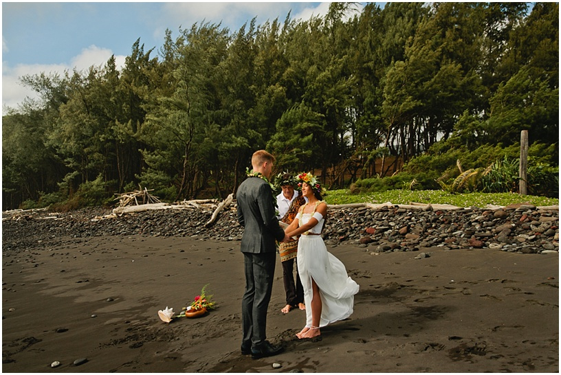 Big Island Intimate Beach Elopement Pololu Valley_43.JPG
