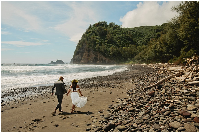 Big Island Intimate Beach Elopement Pololu Valley_100.JPG