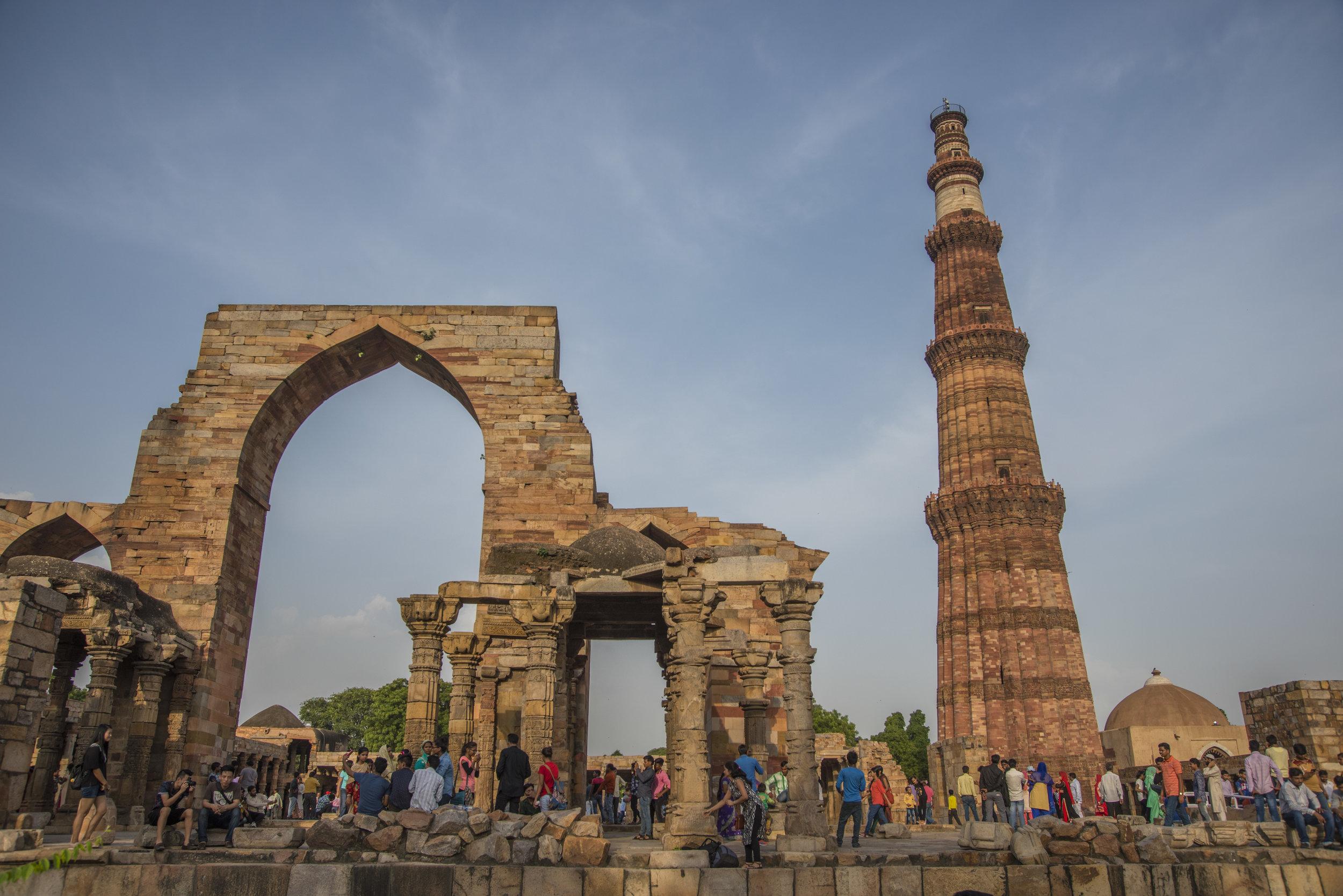Kind of a party. (Qutb Minar, Delhi, India; Aug 2017)