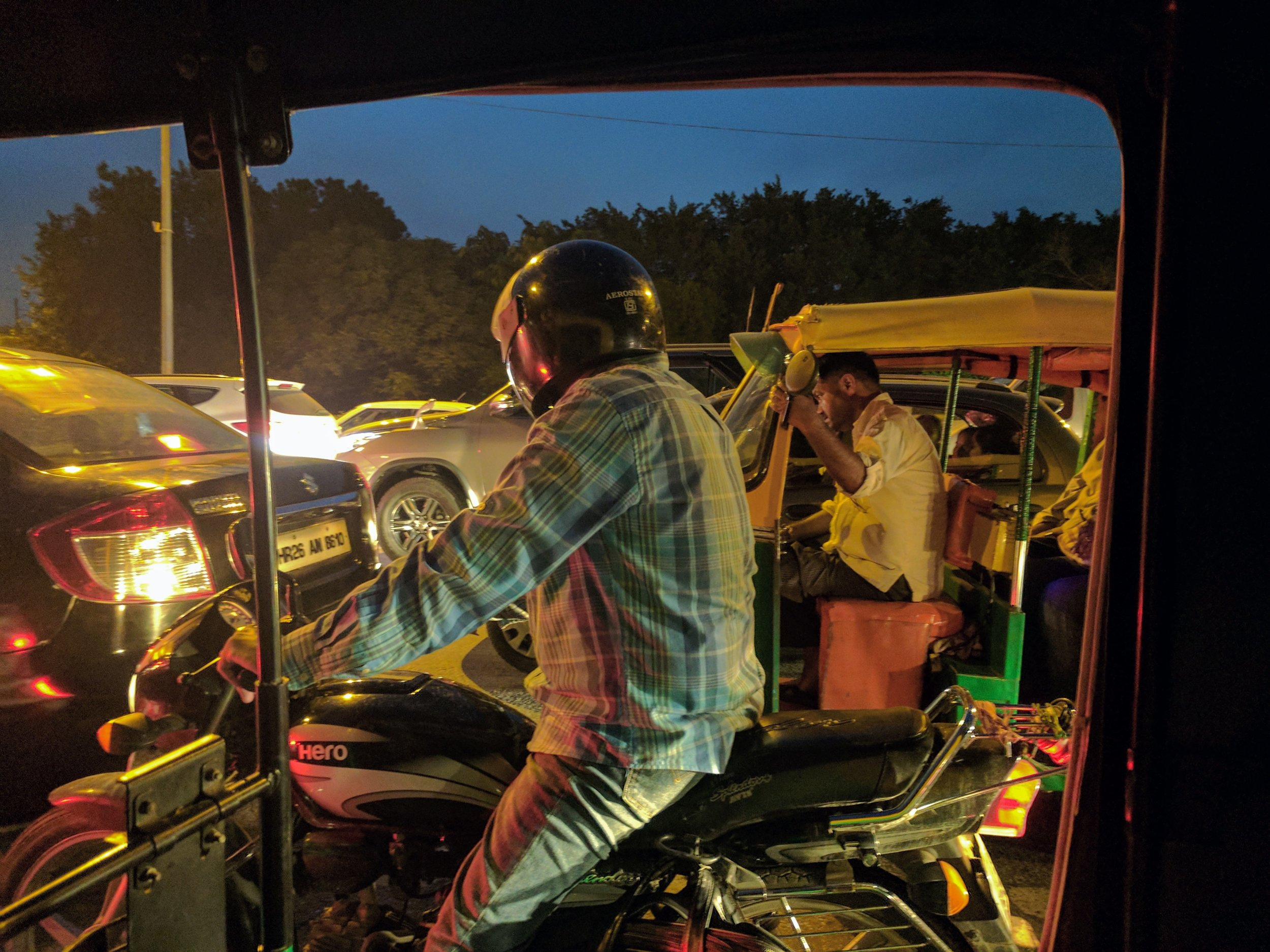 The view from a tuk-tuk. It smelled like cool things. (Delhi, India; July 2017)