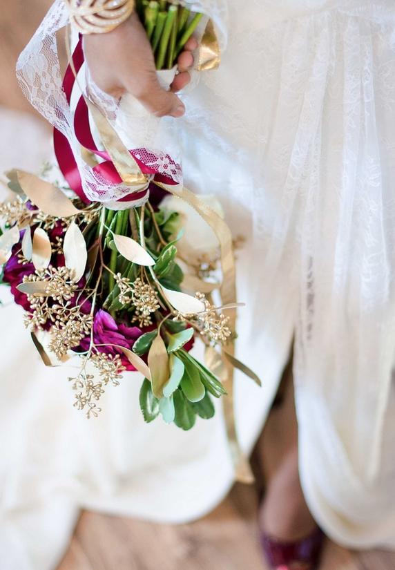Aneris-Photography-larger-than-life-events-rebecca-schoneveld-isla-joy-wedding-dress-ivory-and-beau-bridal-boutique-savannah-wedding-dresses-charleston-wedding-dresses-savannah-bridal-charleston-bridal-marsala-wedding-charleston-weddings-magazine-9.png