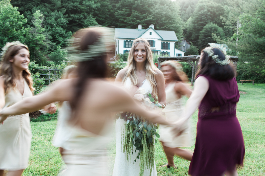 real-bride-in-jamie-by-nicole-miller-ivory-and-beau-savannah-bridal-boutique-north-carolina-wedding-bride-bohemian-bride11.png