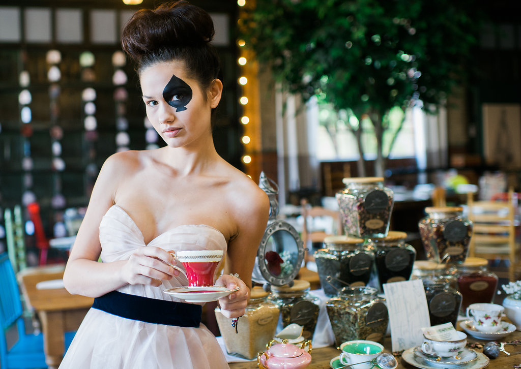 alice-in-wonderland-wedding-rach-lea-photography-rach-loves-troy-photography-ivory-and-beau-bridal-boutique-soho-cafe-savannah-wedding-venue-savannah-weddings-savannah-wedding-planner-sarah-seven-golden-lights-blushing-forever-september-13.jpg