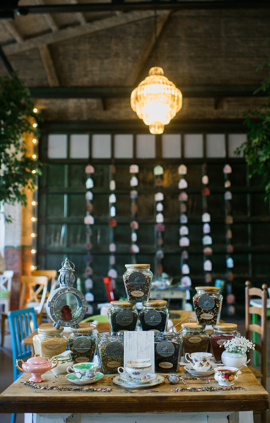 alice-in-wonderland-wedding-rach-lea-photography-rach-loves-troy-photography-ivory-and-beau-bridal-boutique-soho-cafe-savannah-wedding-venue-savannah-weddings-savannah-wedding-planner-sarah-seven-golden-lights-blushing-forever-september-15.jpg