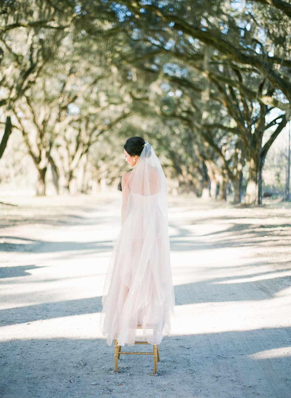 the-happy-bloom-design-studio-south-wormsloe-plantation-wedding-sarah-seven-blushing-ivory-and-beau-bridal-boutique-savannah-wedding-dresses-savannah-bridal-boutique-savannah-weddings-savannah-wedding-planner-savannah-event-planner-23.jpg
