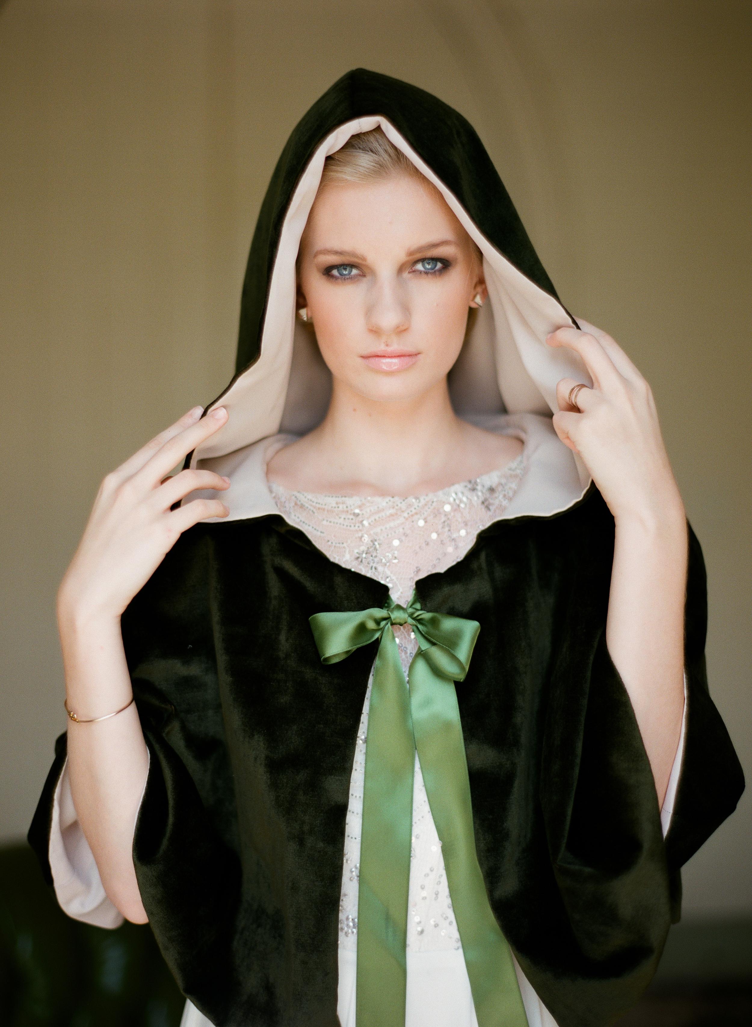 Olivia-Griffin-trendy-bride-magazine-willow-florals-sarah-seven-gwen-ivory-and-beau-bridal-boutique-savannah-wedding-dresses-savannah-bridal-boutique-savannah-wedding-savannah-bridal-gowns-savannah-wedding-planner-georgia-bridal-boutique-10.JPG