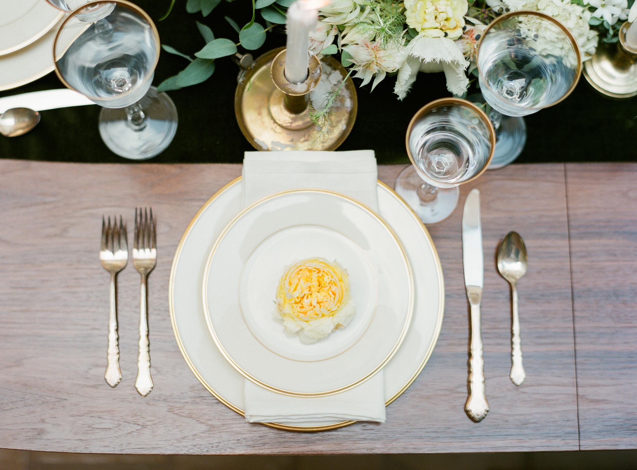 Olivia-Griffin-trendy-bride-magazine-willow-florals-sarah-seven-gwen-ivory-and-beau-bridal-boutique-savannah-wedding-dresses-savannah-bridal-boutique-savannah-wedding-savannah-bridal-gowns-savannah-wedding-planner-georgia-bridal-boutique-17.JPG