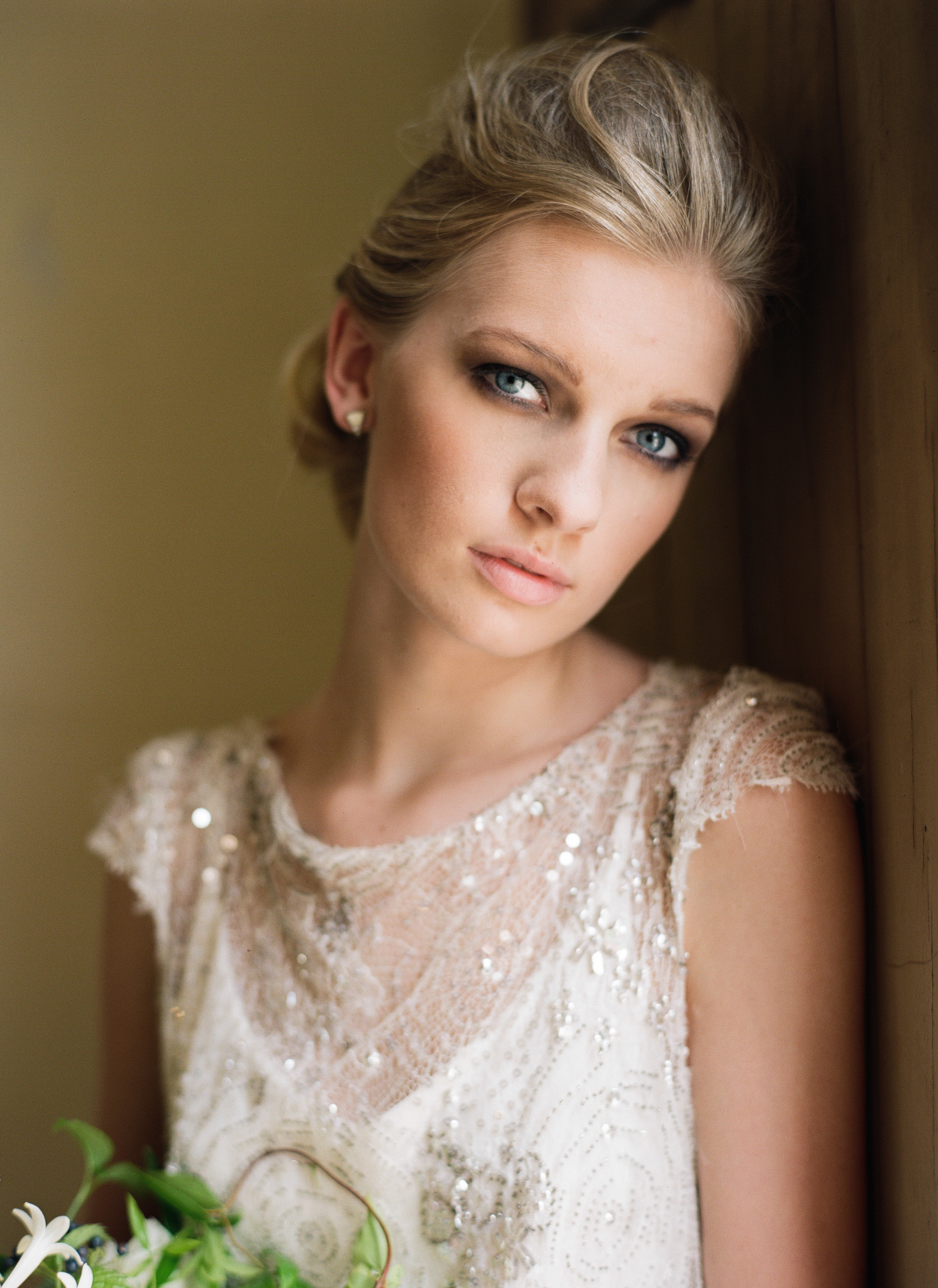 Olivia-Griffin-trendy-bride-magazine-willow-florals-sarah-seven-gwen-ivory-and-beau-bridal-boutique-savannah-wedding-dresses-savannah-bridal-boutique-savannah-wedding-savannah-bridal-gowns-savannah-wedding-planner-georgia-bridal-boutique-21.JPG