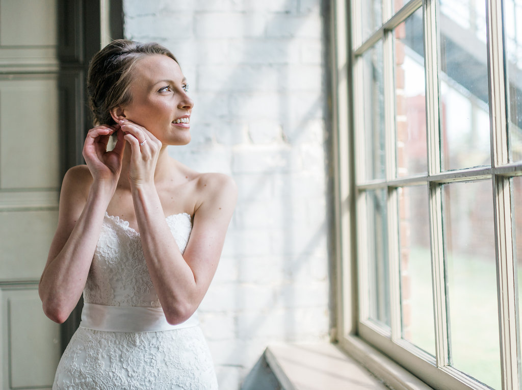rach-lea-photography-rach-loves-troy-roundhouse-railroad-museum-wedding-ivory-and-beau-savannah-wedding-planner-savannah-weddings-savannah-florist-ivory-and-beau-bridal-boutique-succulent-blush-wedding-5.jpg