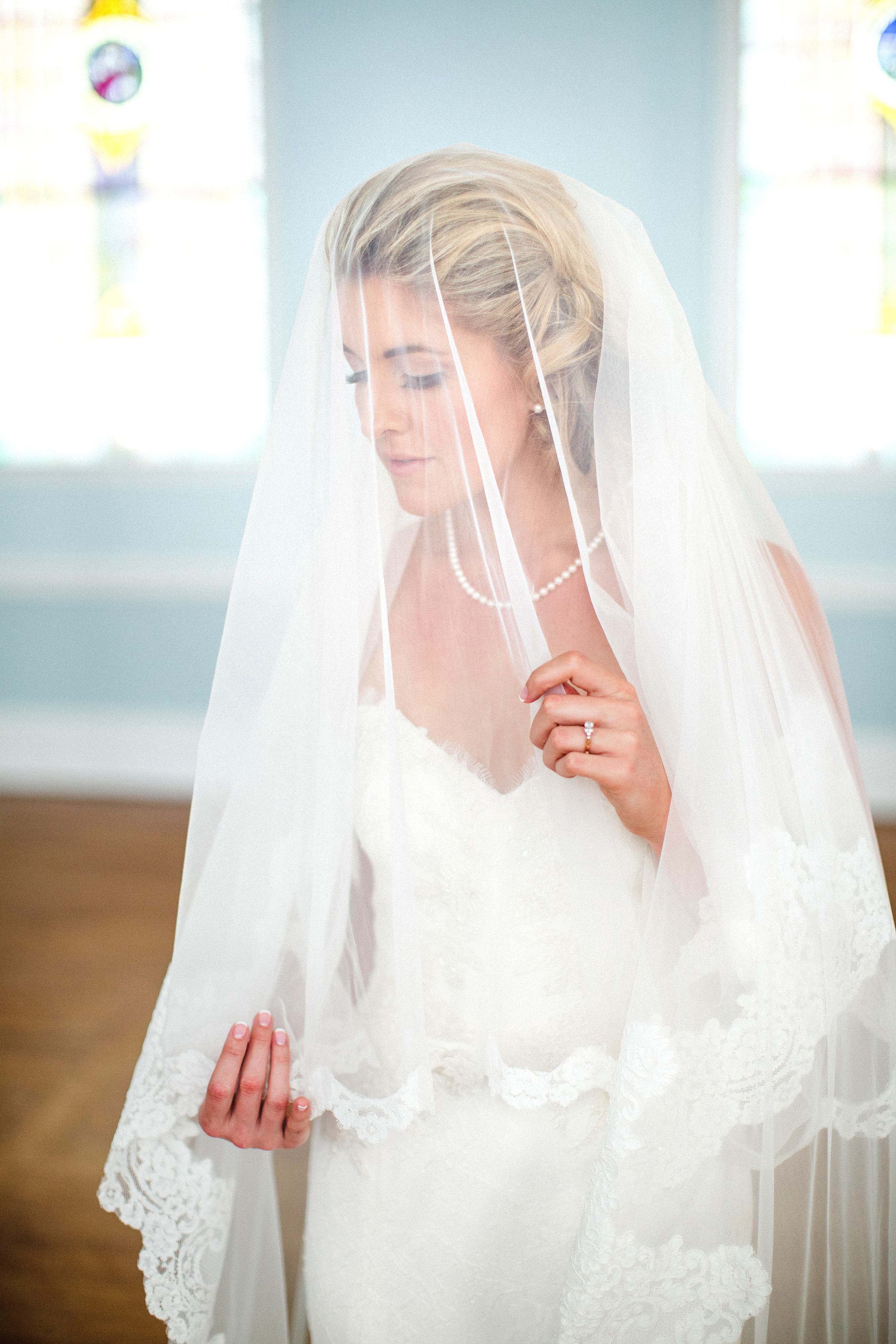 Hillary-and-Brian-izzy-hudgins-photography-anais-anette-tristan-lace-mermaid-wedding-dress-ivory-and-beau-bridal-boutique-savannah-bridal-boutique-savannah-wedding-dresses-savannah-bridal-gowns-savannah-wedding-dresses-first-babtist-savannah-16.jpg