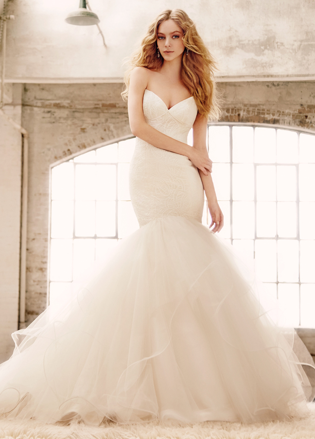 blush-hayley-paige-bridal-lace-fit-to-flare-sweetheart-angel-hair-straps-full-layered-tulle-horsehair-1552_zm.jpg