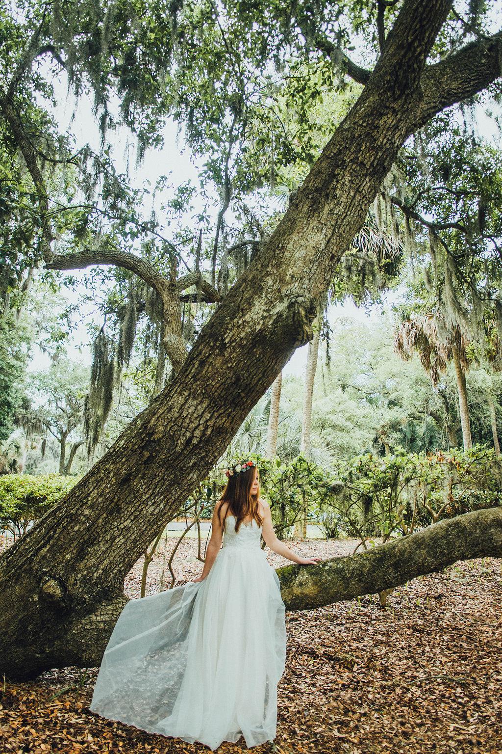 Urban-Poppy-Southern-Wedding-Mallory-and-Justin-photography-ivory-and-beau-bridal-boutique-sarah-seven-marion-boho-bride-indie-bride-indie-wedding-dress-savannah-weddings-hilton-head-weddings-beach-wedding-10.jpg