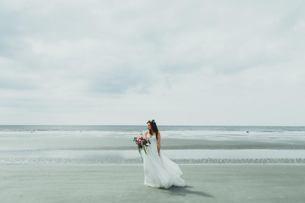 Urban-Poppy-Southern-Wedding-Mallory-and-Justin-photography-ivory-and-beau-bridal-boutique-sarah-seven-marion-boho-bride-indie-bride-indie-wedding-dress-savannah-weddings-hilton-head-weddings-beach-wedding-16.jpg