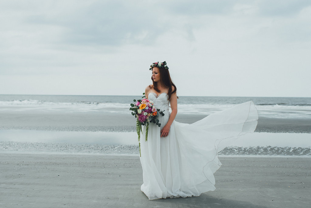 Urban-Poppy-Southern-Wedding-Mallory-and-Justin-photography-ivory-and-beau-bridal-boutique-sarah-seven-marion-boho-bride-indie-bride-indie-wedding-dress-savannah-weddings-hilton-head-weddings-beach-wedding-20.jpg