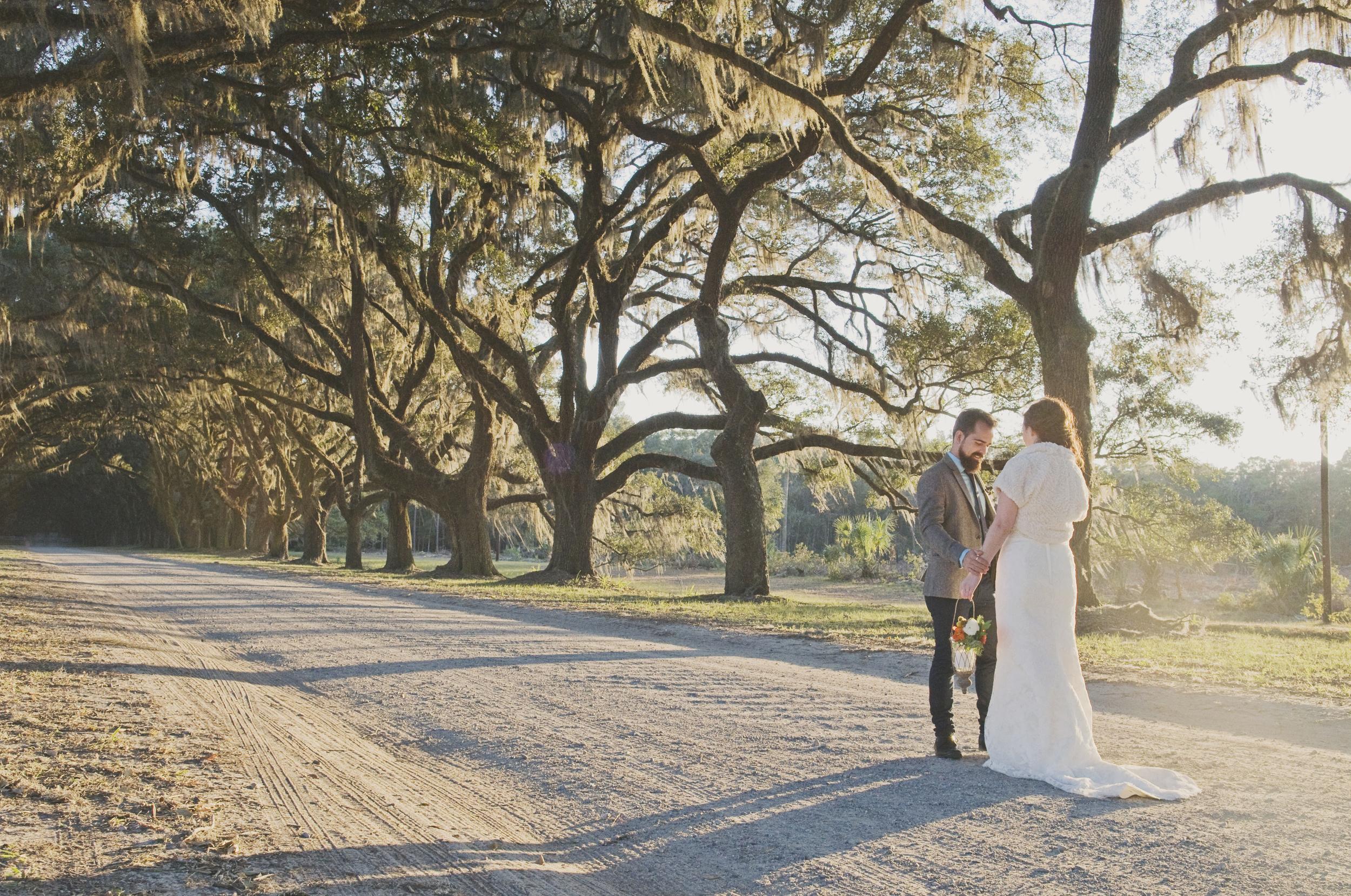 amber-and-david-ivory-and-beau-bridal-boutique-lytle-foto-savannah-wedding-dresses-savannah-wedding-planner-savannah-event-designer-savannah-weddings-wormsloe-wedding-cohens-retreat-wedding-indie-wedding-handmade-wedding-historic-19.jpg