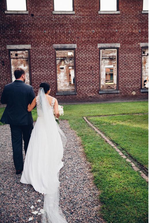 ivory-and-beau-bridal-boutique-savannah-wedding-dresses-savannah-bridal-boutique-sarah-seven-violet-hour-sarah-seven-bridal-obscura-photoworks-savannah-weddings-roundhouse-railroad-museum-wedding-18.png