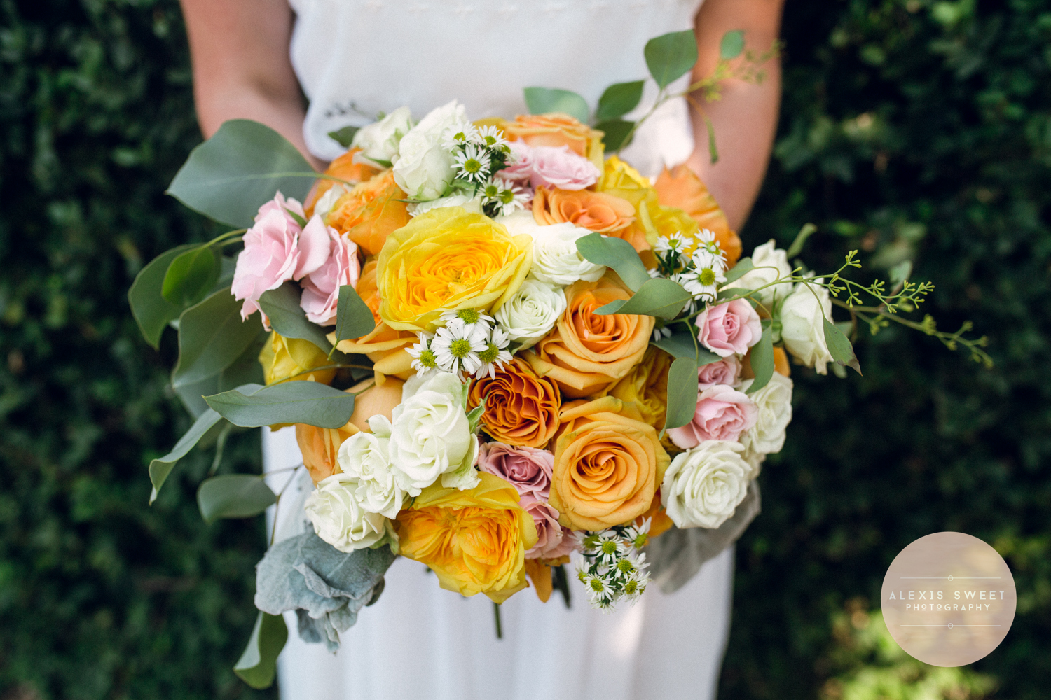alexis-sweet-photography-ivory-and-beau-bridal-boutique-monterey-square-wedding-savannah-wedding-planner-savannah-weddings-historic-savannah-wedding-vintage-wedding-peach-wedding-southern-vintage-wedding-savannah-bridal-boutique-11.jpg