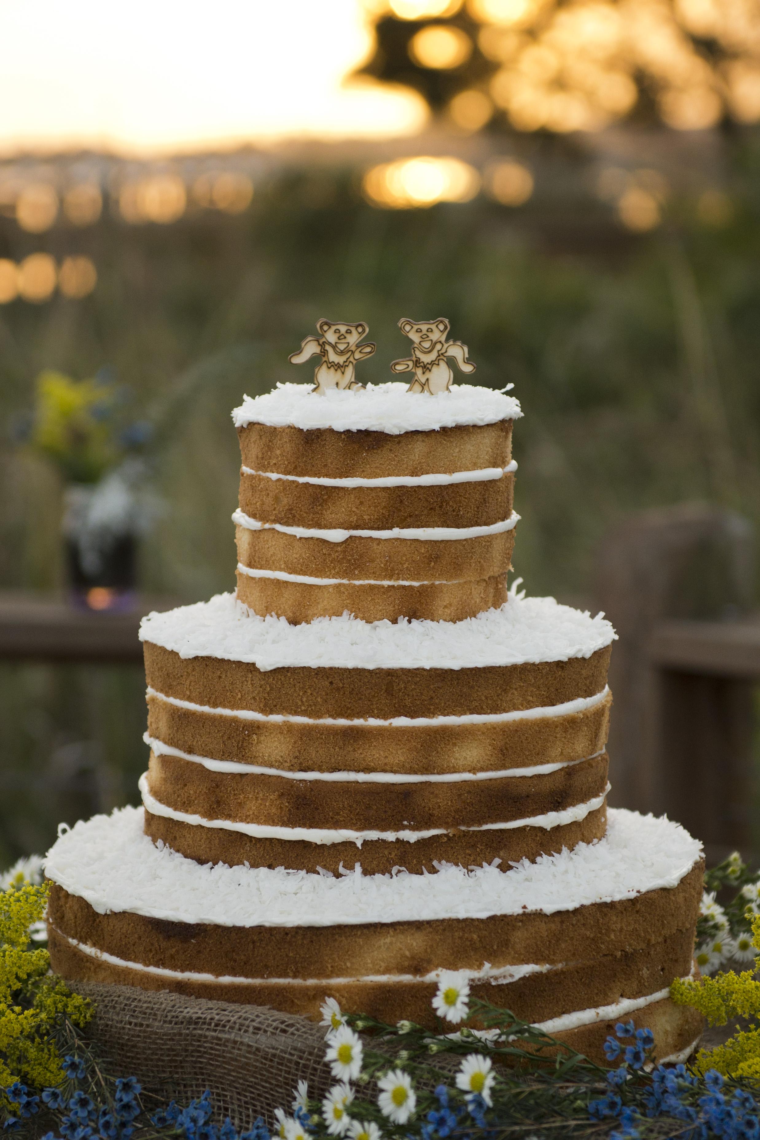 Caroline-Kilgore-photography-ivory-and-beau-bridal-boutique-savannah-wedding-dresses-savannah-bridal-boutique-savannah-wedding-gowns-custom-wedding-dress-vintage-wedding-dress-swiss-dot-wedding-dress-shrimp-boat-wedding-13.jpg