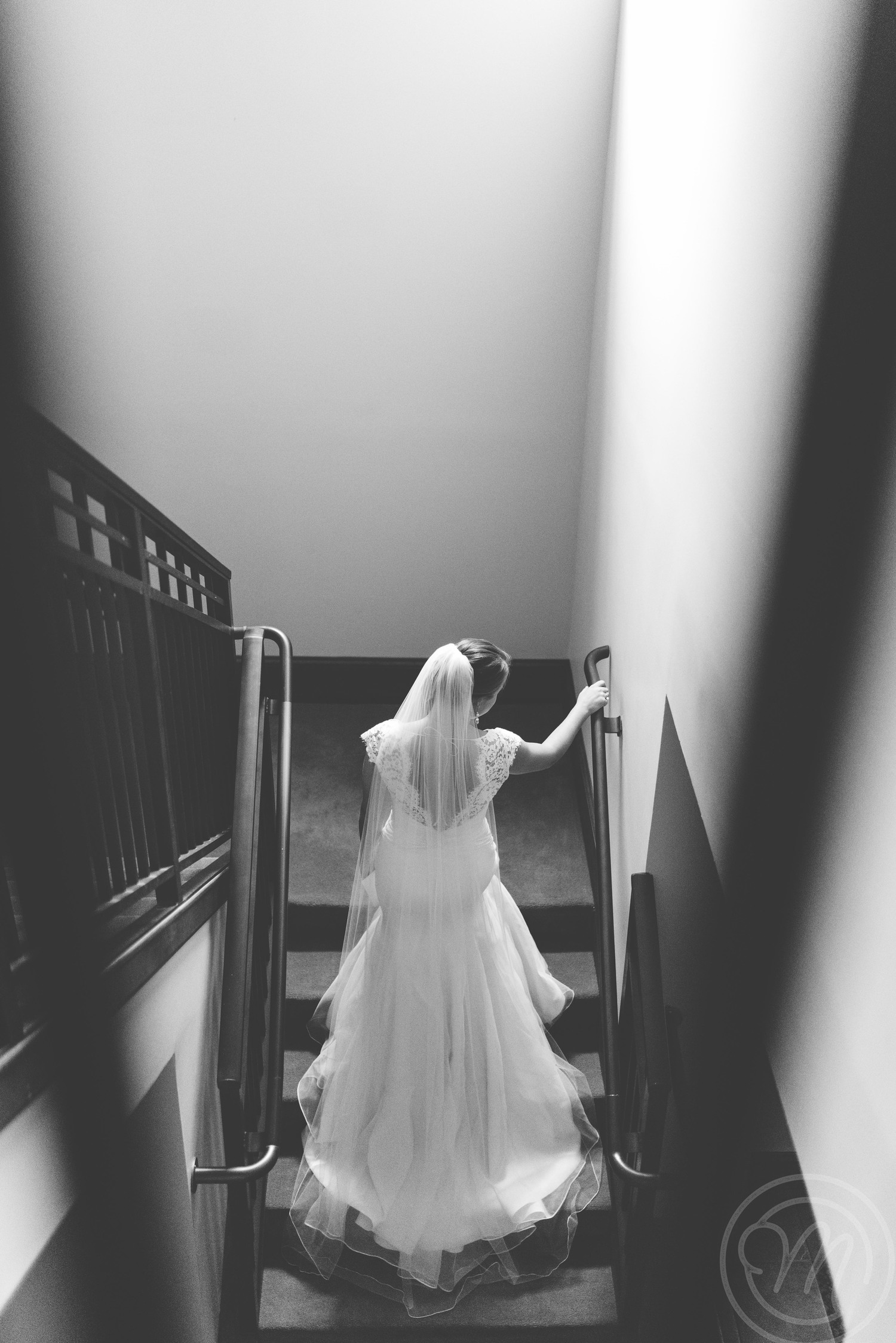 mary-claire-photography-ivory-and-beau-bridal-boutique-savannah-wedding-dresses-savannah-wedding-planner-savannah-weddings-savannah-bridal-gowns-blush-by-hayley-paige-wedding-dress-may-lace-mermaid-4.jpg