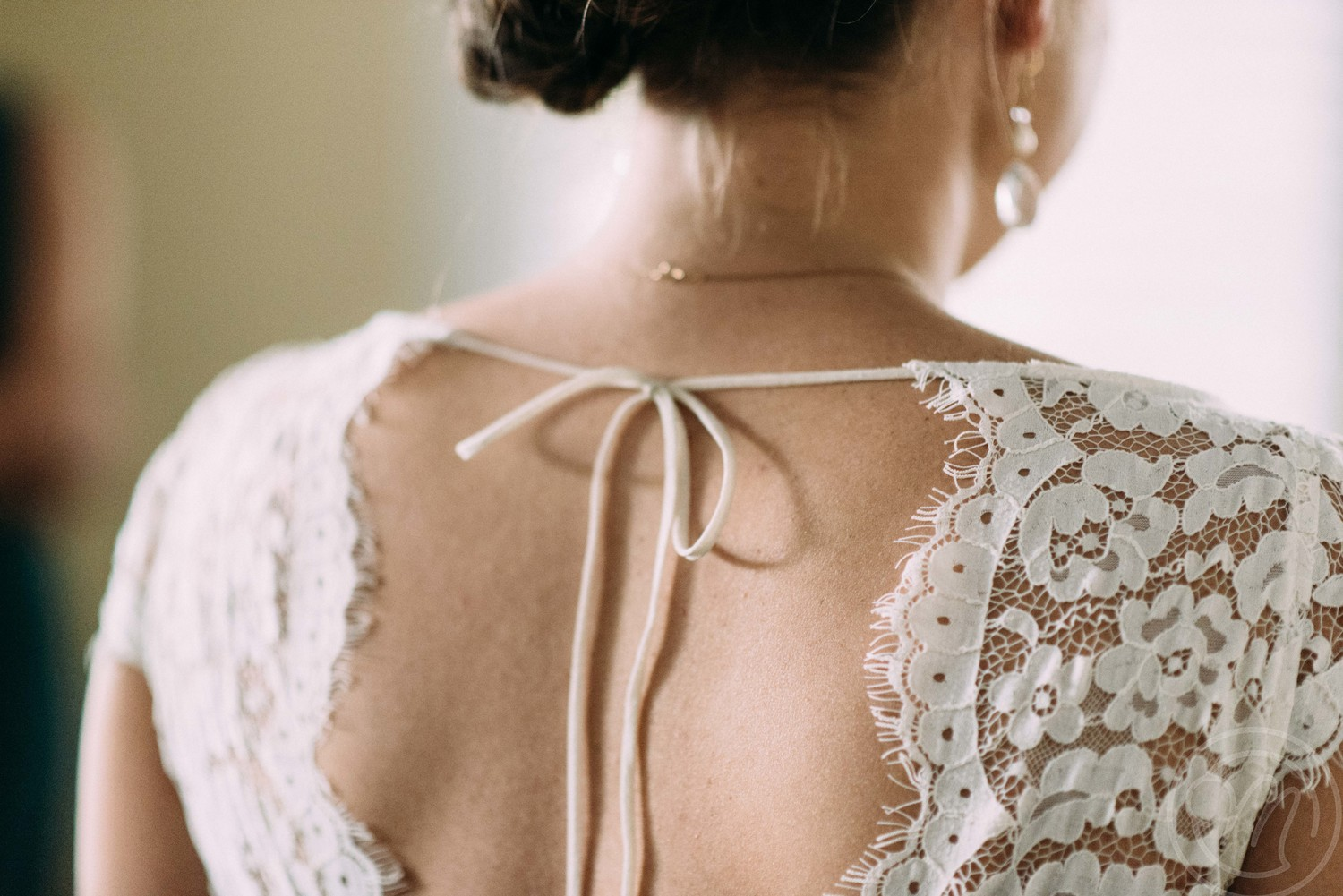mary-claire-photography-ivory-and-beau-bridal-boutique-savannah-wedding-dresses-savannah-wedding-planner-savannah-weddings-savannah-bridal-gowns-blush-by-hayley-paige-wedding-dress-may-lace-mermaid-7.jpg