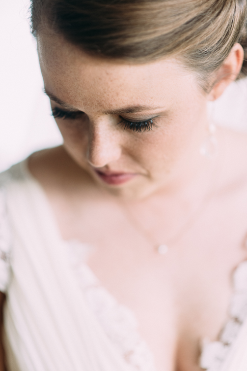 mary-claire-photography-ivory-and-beau-bridal-boutique-savannah-wedding-dresses-savannah-wedding-planner-savannah-weddings-savannah-bridal-gowns-blush-by-hayley-paige-wedding-dress-may-lace-mermaid-6.png
