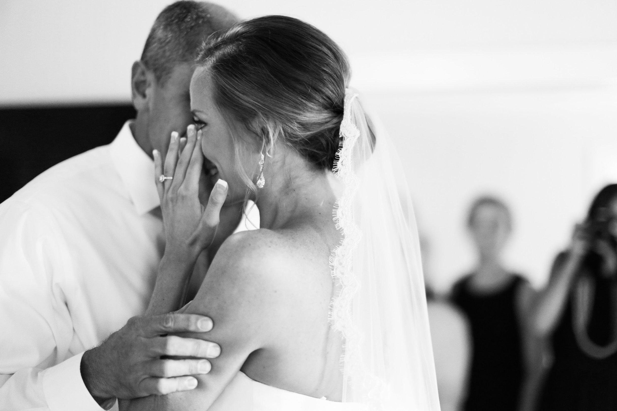 finnegan-photography-ivory-and-beau-bridal-boutique-nicole-miller-dakota-jaclyn-jordan-anne-veil-savannah-bridal-boutique-savannah-wedding-dresses-savannah-weddings-statesboro-wedding-barn-wedding-savannah-bridal-georgia-bridal-boutique-6.jpg
