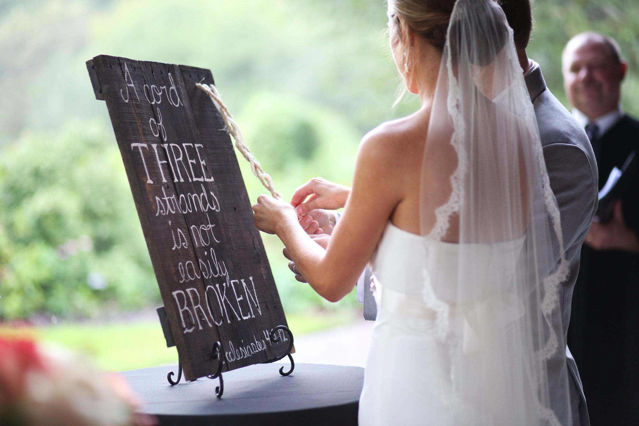 finnegan-photography-ivory-and-beau-bridal-boutique-nicole-miller-dakota-jaclyn-jordan-anne-veil-savannah-bridal-boutique-savannah-wedding-dresses-savannah-weddings-statesboro-wedding-barn-wedding-savannah-bridal-georgia-bridal-boutique-14.jpg