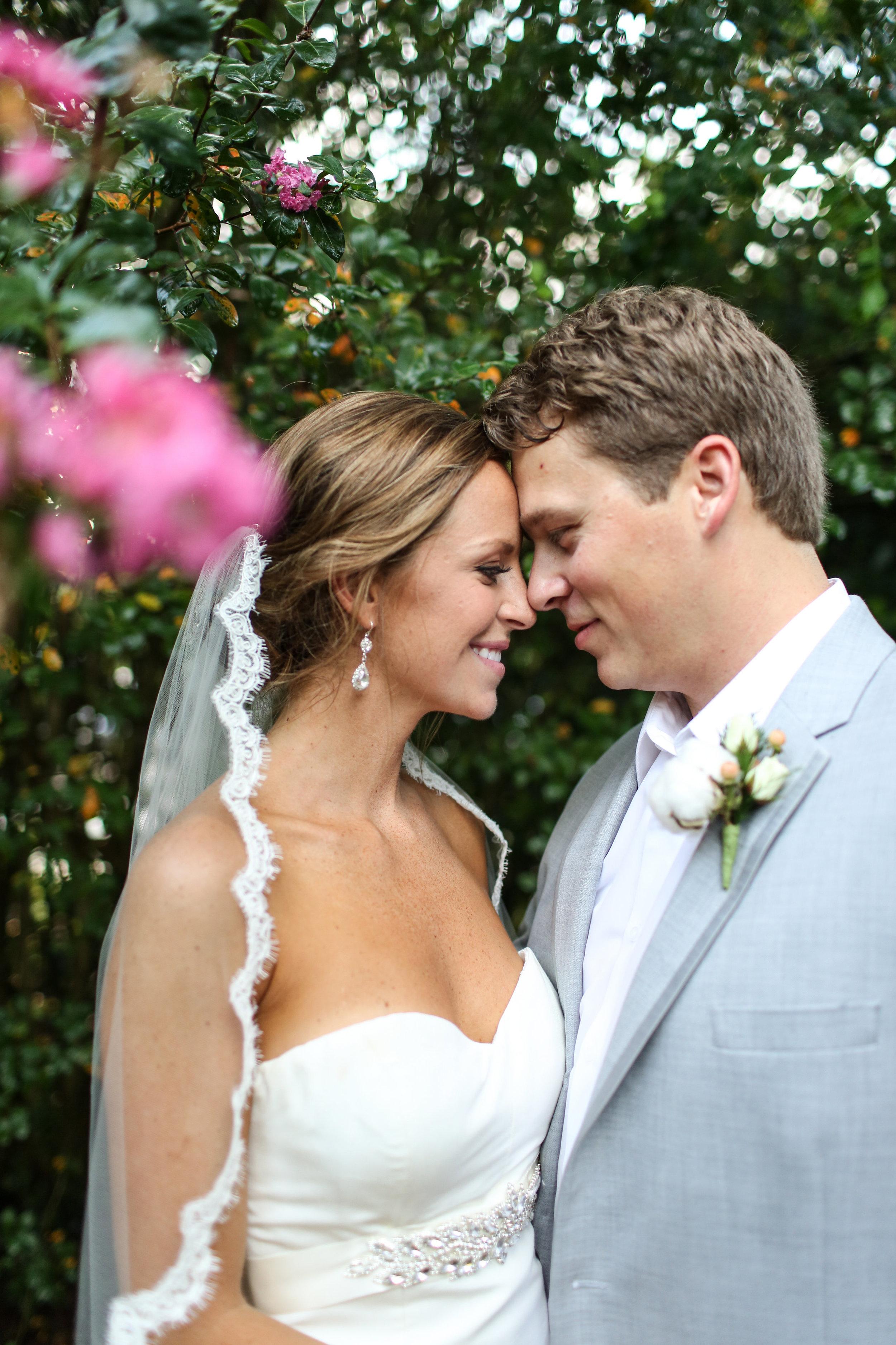 finnegan-photography-ivory-and-beau-bridal-boutique-nicole-miller-dakota-jaclyn-jordan-anne-veil-savannah-bridal-boutique-savannah-wedding-dresses-savannah-weddings-statesboro-wedding-barn-wedding-savannah-bridal-georgia-bridal-boutique-20.jpg