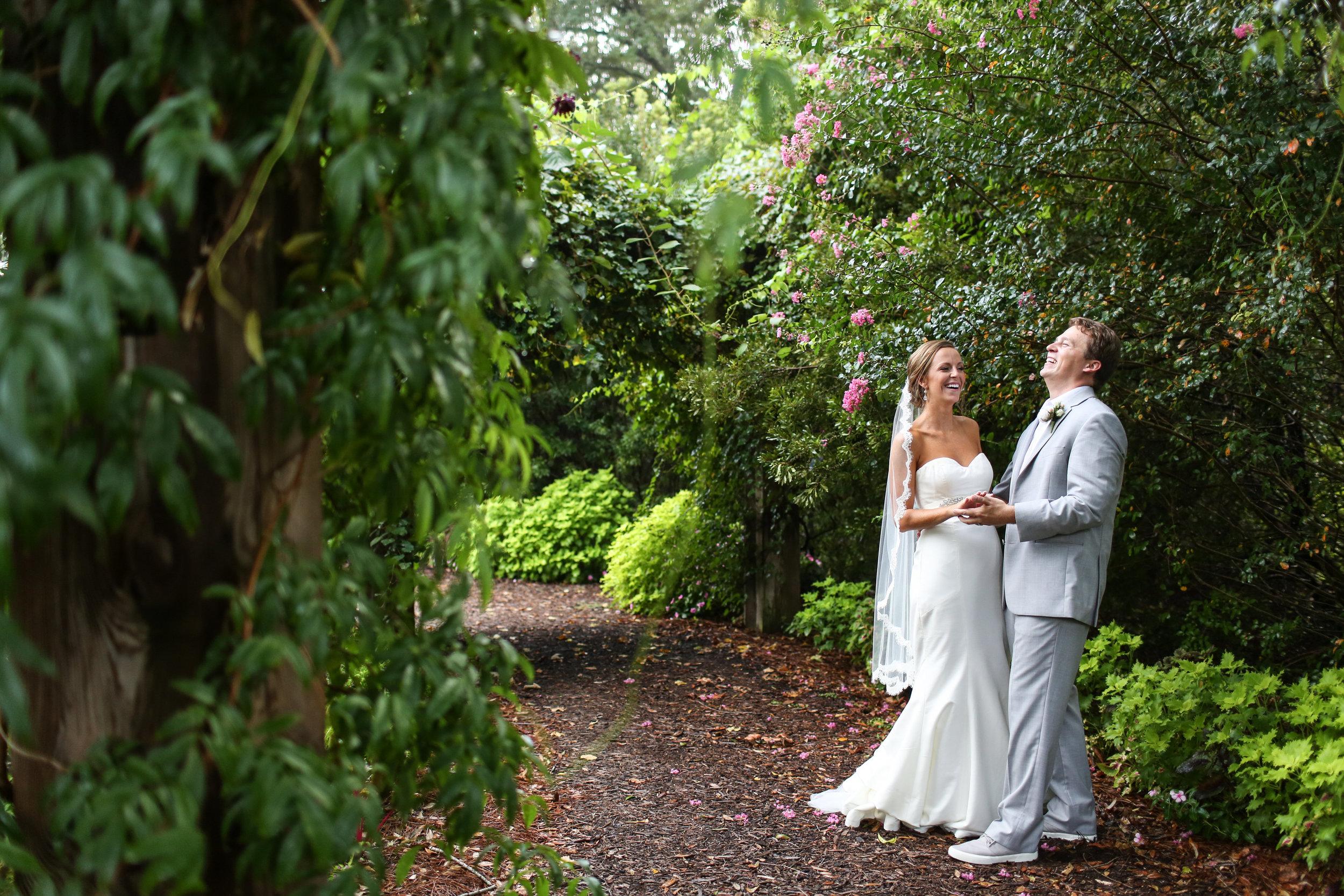 finnegan-photography-ivory-and-beau-bridal-boutique-nicole-miller-dakota-jaclyn-jordan-anne-veil-savannah-bridal-boutique-savannah-wedding-dresses-savannah-weddings-statesboro-wedding-barn-wedding-savannah-bridal-georgia-bridal-boutique-19.jpg