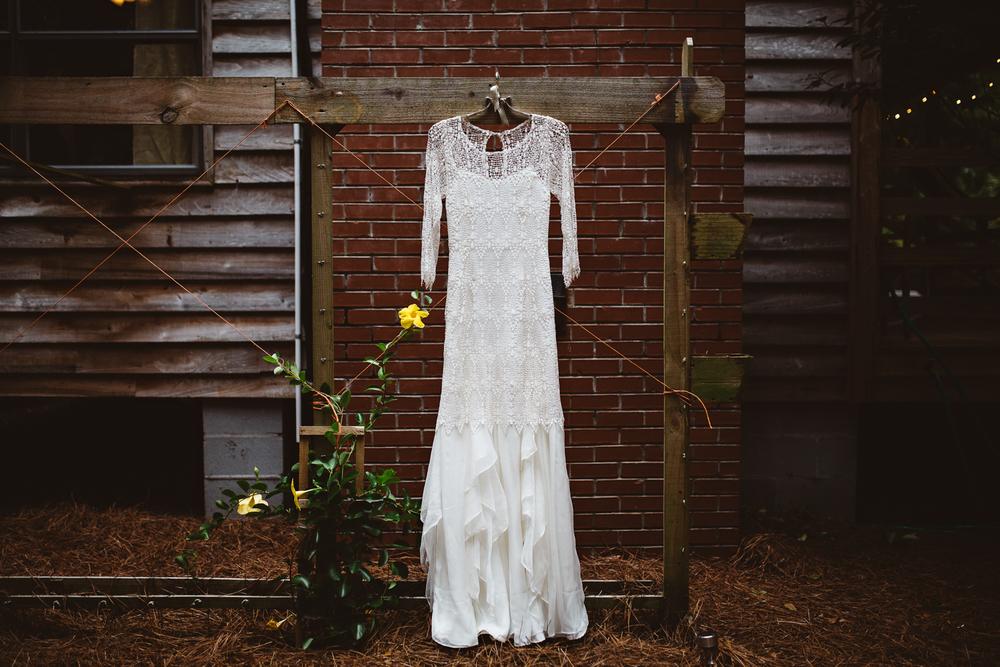 katherine-dalton-photography-saint-isabel-wedding-dress-handmade-wedding-dress-indy-wedding-dress-ivory-and-beau-bridal-boutique-savannah-wedding-dresses-savannah-bridal-boutique-savannah-wedding-gowns.jpg