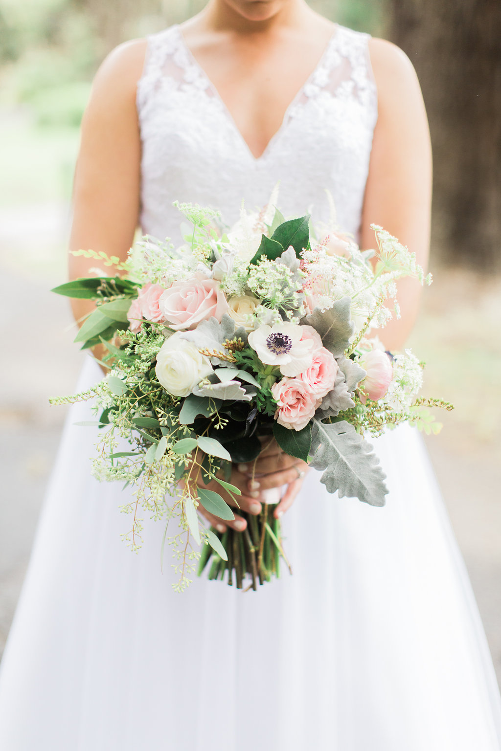 the-happy-bloom-photography-ivory-and-beau-wedding-planning-ivory-and-beau-bridal-boutique-whitfield-chapel-wedding-10-downing-wedding-savannah-wedding-historic-savannah-wedding-savannah-wedding-planner-savannah-weddings-a-to-zinnias-18.jpg