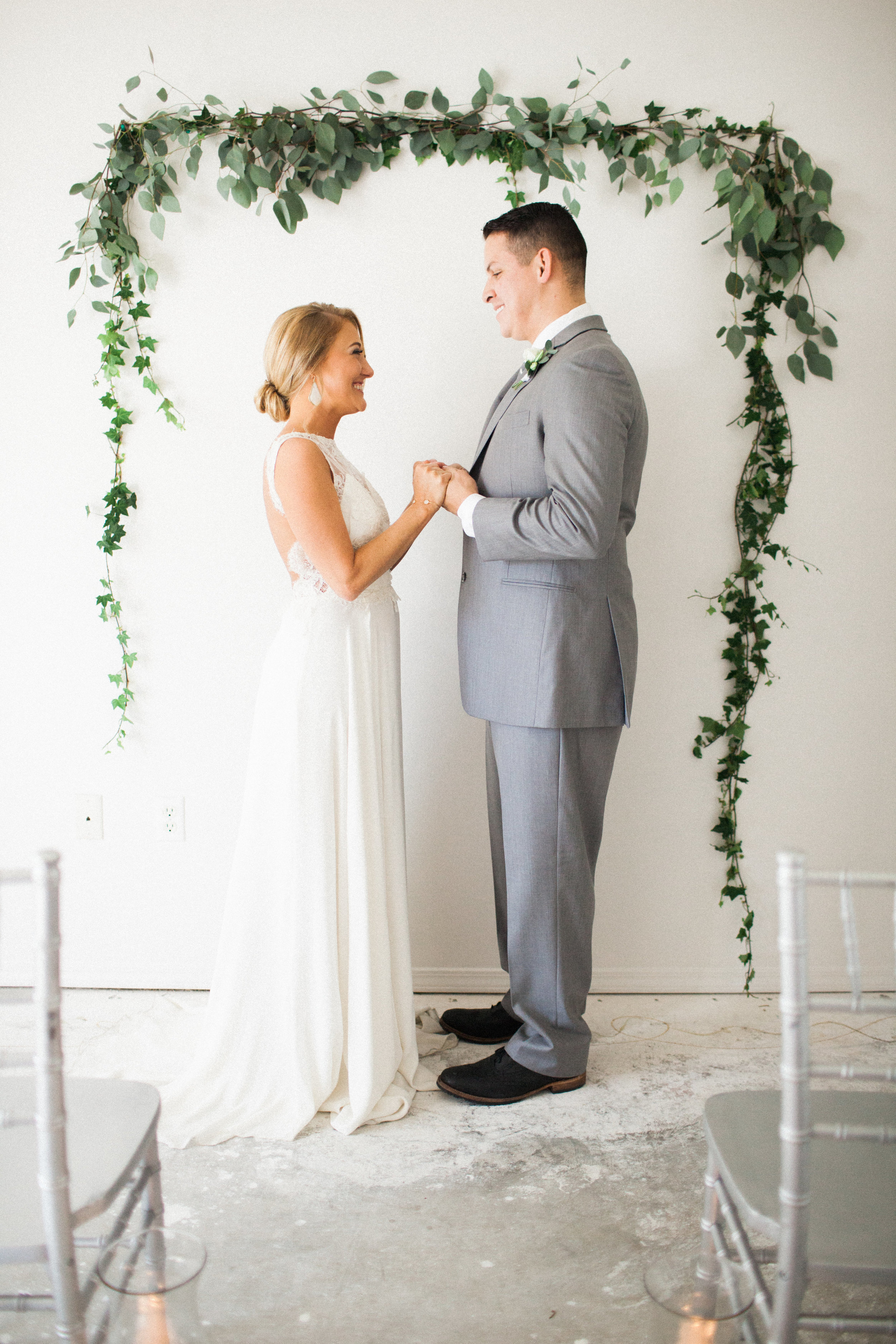 ivey-weddings-cassie-olimb-photography-broome-sarah-seven-wedding-dress-ivory-and-beau-bridal-boutique-savannah-wedding-dresses-savannah-bridal-gowns-savannah-weddings-jacksonville-weddings-jacksonville-bridal-florida-bridal-boutique-12.jpg
