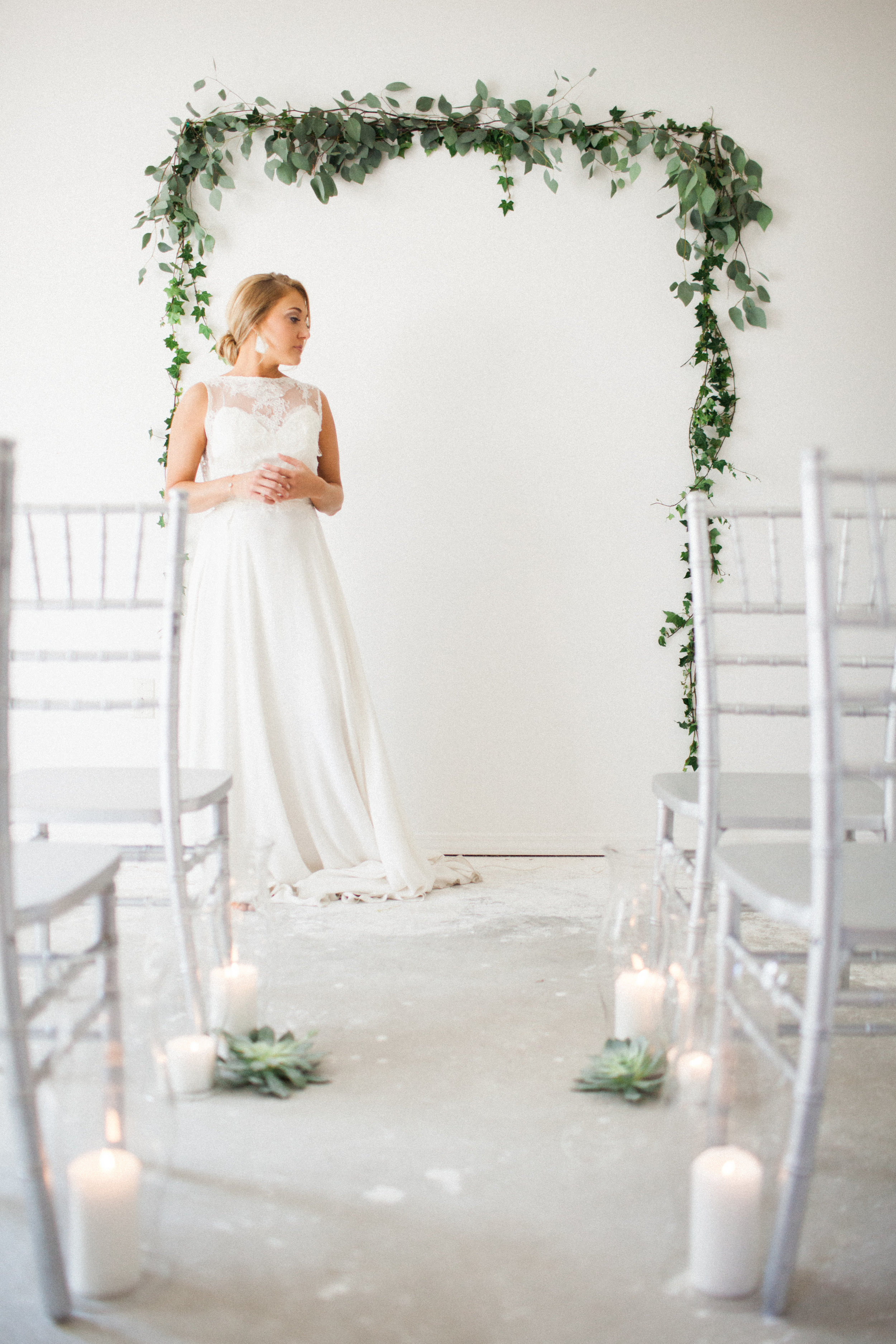 ivey-weddings-cassie-olimb-photography-broome-sarah-seven-wedding-dress-ivory-and-beau-bridal-boutique-savannah-wedding-dresses-savannah-bridal-gowns-savannah-weddings-jacksonville-weddings-jacksonville-bridal-florida-bridal-boutique-14.jpg