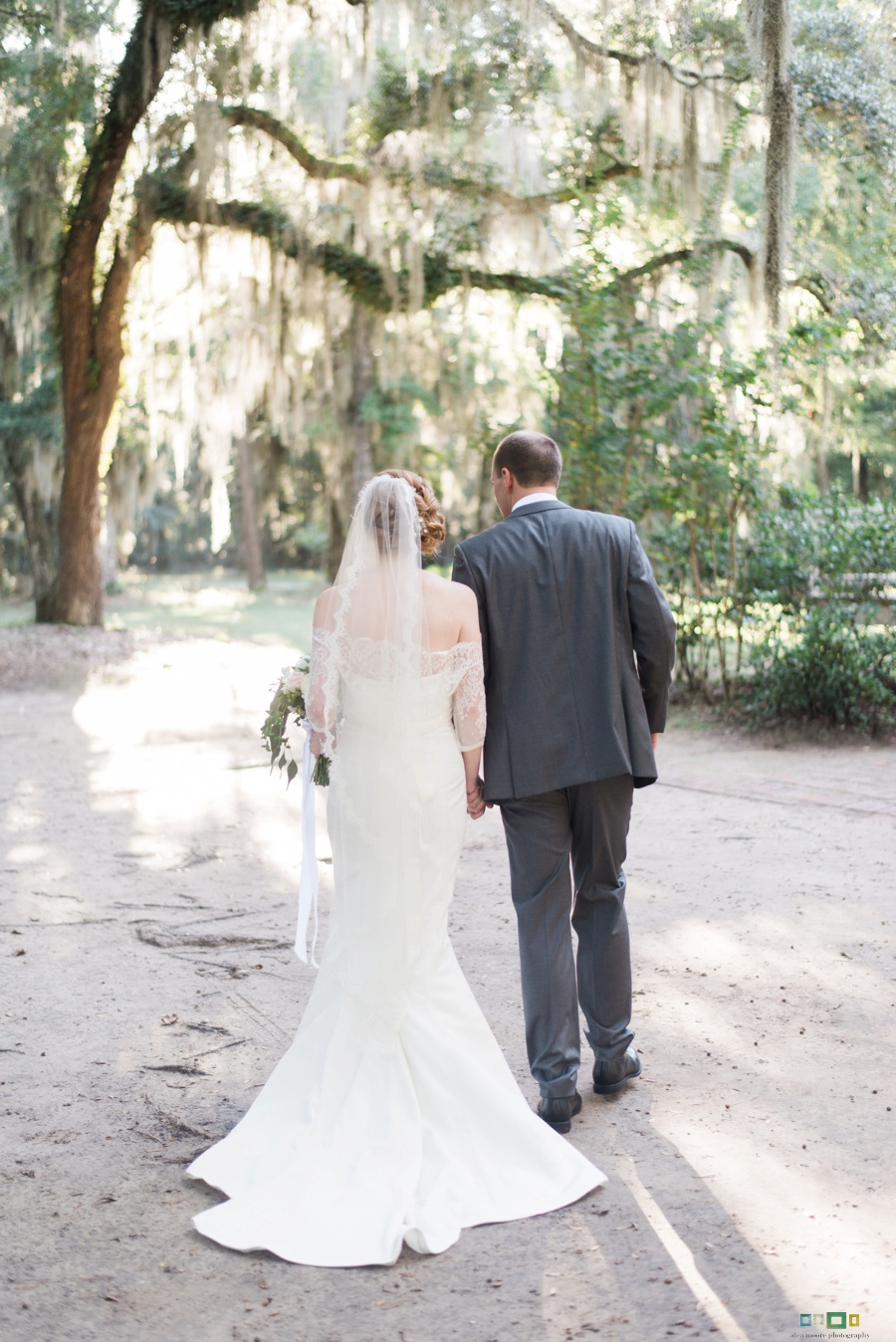 alea-moore-photography-Daufuskie-Island-wedding-ivory-and-beau-bridal-boutique-dakota-nicole-miller-rebecca-schoneveld-marisol-classic-southern-wedding-savannah-wedding-dresses-savannah-bridal-boutique-savannah-weddings-savannah-bridal-gowns-8.jpg