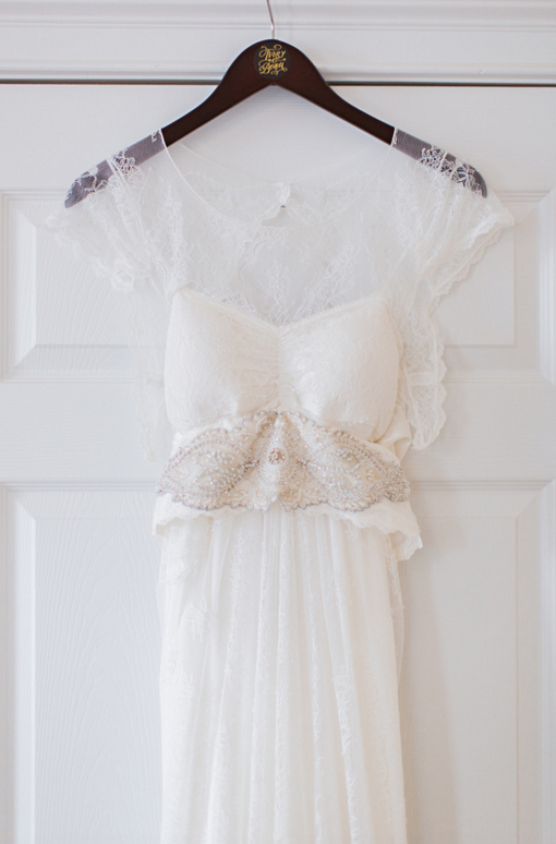 katie-mcgee-photography-ivory-and-beau-bridal-boutique-anna-campbell-wedding-dress-anna-campbell-bridal-indie-bride-savannah-weddings-savannah-bridal-boutique-savannah-wedding-gowns-savannah-bridal-downtown-savannah-wedding-2.png