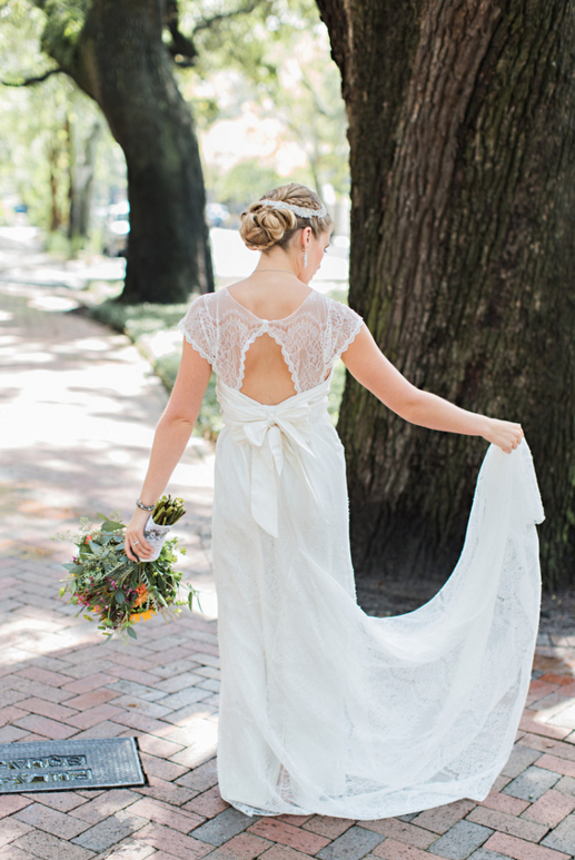 katie-mcgee-photography-ivory-and-beau-bridal-boutique-anna-campbell-wedding-dress-anna-campbell-bridal-indie-bride-savannah-weddings-savannah-bridal-boutique-savannah-wedding-gowns-savannah-bridal-downtown-savannah-wedding-9.png