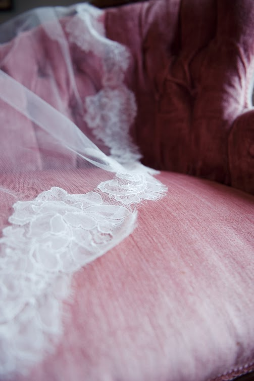 amy-wallen-photography-rebecca-schoneveld-adria-ivory-and-beau-bridal-boutique-savannah-wedding-dresses-savannah-bridal-boutique-indie-wedding-handmade-wedding-dress-jaclyn-jordan-veil-champagne-lace-wedding-dress-georgia-bridal-charleston-bridal-3.jpg