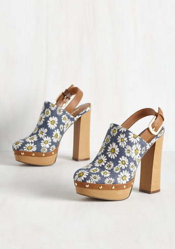 as-far-out-as-it-goes-heel-flower-power-modcloth-bohemian-wedding-shoes-boho-bridal-chic-flower-bridal-heels-daughters-of-simone-bridal-shoes.png