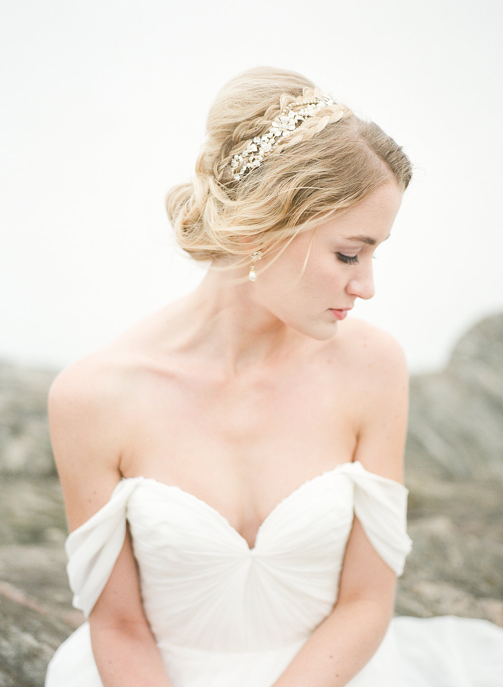 josie-photographs-urban-petals-mountain-wedding-north-carolina-mountain-wedding-ivory-and-beau-bridal-boutique-savannah-wedding-dresses-savannah-bridal-boutique-savannah-wedding-gowns-sarah-seven-lafayette-sarah-seven-wedding-dress-boho-bride-18.jpg