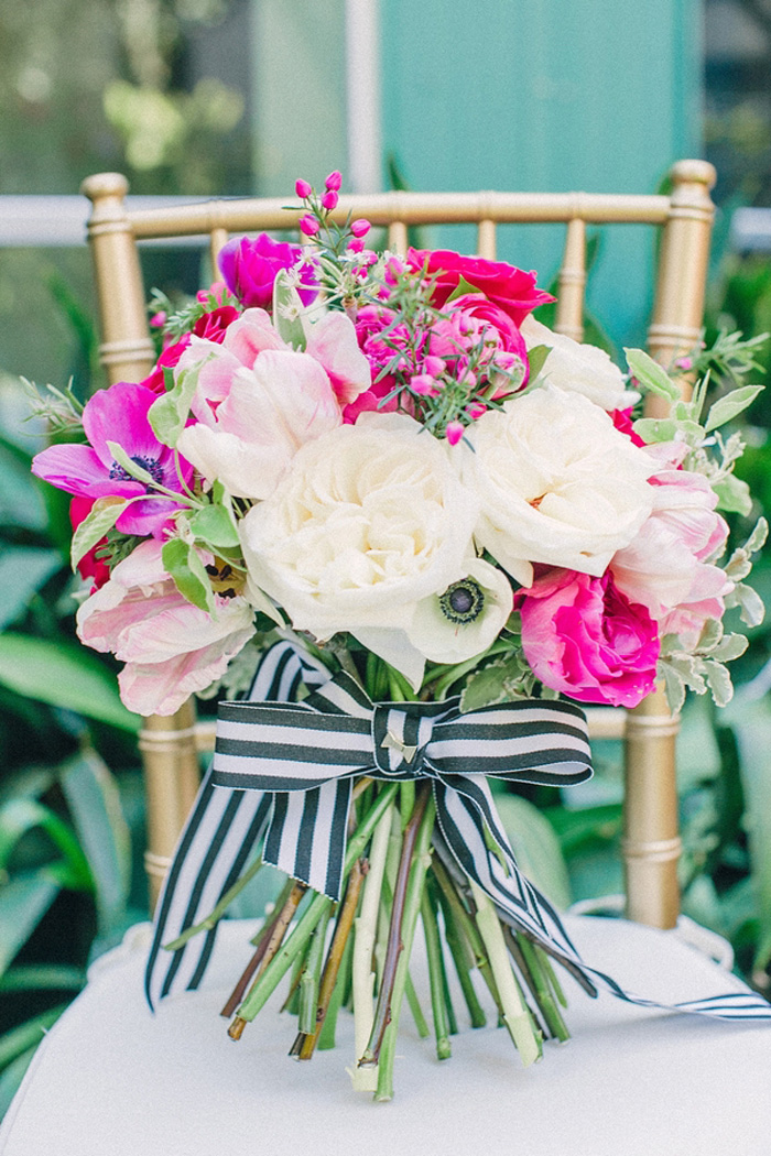 kate-spade-bows-stripes-wedding-ideas-7.jpg